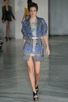 See the complete Peter Pilotto Spring 2010 Ready-to-Wear collection.
