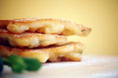 Kuchnia Bazylii: Piwne placuszki z jabłkami i miętą