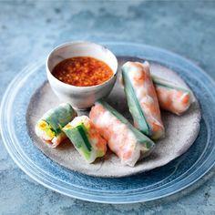 Vietnamese loempia's - recept - okoko recepten Vietnamese Cuisine, Fresh Rolls, Healthy Eating, Chinese, Asian, Meals, Ethnic Recipes, Food, Snacks