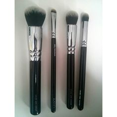 Washed and dried  #bblogger #bbloggers #fbloggers #fashionblogger #beautyblogger #instablog #hudabeauty #instabeauty #instaglam #instamakeup #instablogger #instadaily #wakeupandmakeup #slaves2beauty #MakeupSlaves #Makeup #makeupjunkie #indianbeautyblogger #indianblogger #indianbeautyblog #maquillaje #maquillage #skincare #freihawrites #zoeva #brushes #luxola