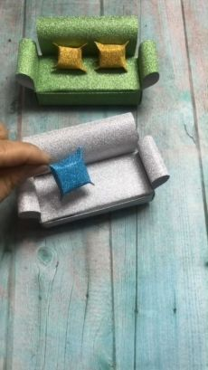 A simple tutorial to show you how to diy paper sofa please us if you love our work ribbon lion puppet craft lion crafts for kids Diy Crafts Hacks, Diy Crafts For Gifts, Diy Home Crafts, Diy Arts And Crafts, Creative Crafts, Fun Crafts, Diy Projects, Diy Origami, Paper Crafts Origami