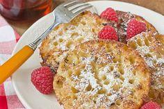 Need to veganize:  English muffin French toast tastes mighty similar to a funnel cake, of all things. A seriously amazing funnel cake at that. All those nooks and crannies yield an unmistakable airiness, and the heavy-handed vanilla in the batter adds another flavor dimension that regular bread just can't do...