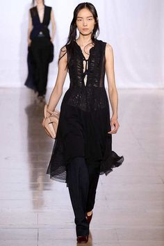 Maison Martin Margiela Spring 2014 Ready-to-Wear Collection Slideshow on Style.com