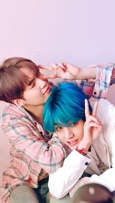 Suga e Taehyung Bts Taehyung, Bts Bangtan Boy, Jimin, Bts Lockscreen, Foto Bts, K Pop, Bts Group Photos, V Bts Wallpaper, Billboard Music Awards
