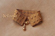bracelet_or_Yelona -- Do as collar instead Beaded Braclets, Beaded Cuff Bracelet, Seed Bead Jewelry, Beaded Jewelry, Jewellery, Peyote Beading, Fabric Beads, Bijoux Diy, Jewelry Patterns
