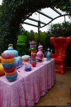 Mad Hatter party table