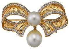 South Sea Pearl And Diamond Brooch........