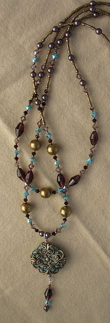 Swarovski crystal and pearl necklace. Love these  colors. Fall an  Winter beading ideas.