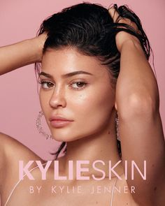 """KYLIE F*CKING SKIN! skincare and makeup go hand in hand and Kylie Skin was something i dreamt up soon after Kylie Cosmetics. I've been working on this for what feels like a lifetime so i can't believe I'm finally announcing! Kourtney Kardashian, Kardashian Jenner, Kardashian Kollection, Kyle Jenner, Jenner Makeup, Kylie Makeup, Kylie Cosmetic, Jenner Sisters, Kendall And Kylie"