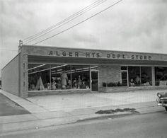 Alger Heights Dept. Store, 2431 Eastern Ave SE - November 4, 1957