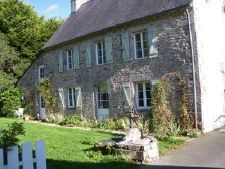 #HomeExchange > France - Bretagne > Plomelin  Destination wanted: Everywhere !