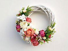 Summer By Wreath, Roses and Peonies Wreath, Outdoor Wreath, Floral Wreath, Doo … – Decor Ideas – Wreaths – Wreaths Summer Door Decorations, Summer Door Wreaths, Winter Wreaths, Spring Wreaths, Holiday Wreaths, Diy Wreath, Grapevine Wreath, Tulle Wreath, Burlap Wreaths