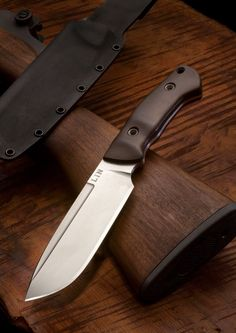 Ito's camp knife by Marcus Lin.