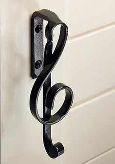 Would be pretty sweet on the cupboards in my music room! Music Note Cupboard Handles <3 <3 <3  $20  http://www.notonthehighstreet.com/musicroomdirect/product/music_note_cupboard_handles