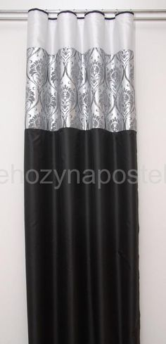 Závěs černo stříbrné barvy s motivem SKLADEM