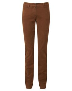 These subtly textured chinos offer the flattering trouser shape you love in a…
