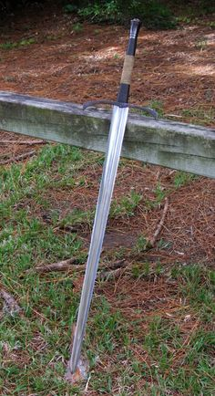 finishedlongsword.jpg Photo by brotherbanzai | Photobucket