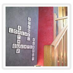 lettres décoratives en bois façon mots croisés