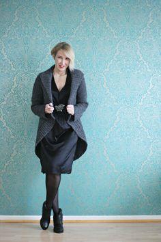 A fashion blog for women over 40 and mature women http://www.glamupyourlifestyle.com/  Dress: Dorothee Schumacher Cardigan: Malene Birger Booties: DKode