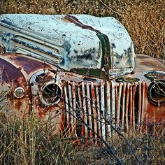 Ford gets a Facelift - photograph by Lee Craig  via @leeseesart #Ford #RusticDecor #DecoratingIdeas