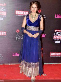 Bipasha Basu makes her presence felt at Annual Screen Awards held in Mumbai. Celebration Day, Anarkali Dress, Awards, Fancy, Celebrities, Casual, How To Wear, Mumbai, Felt