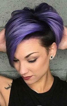 Haare frisieren Not the hair color just the cut. Corte Y Color, Sassy Hair, Pinterest Hair, Haircut And Color, Funky Hairstyles, Hairstyles Pictures, Formal Hairstyles, Weave Hairstyles, Cool Hair Color