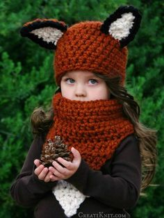 Transform your little one into an adorable woodland Fox with this Fox hat and cowl crochet pattern!  Imaginative and fun, a warm and one of a kind