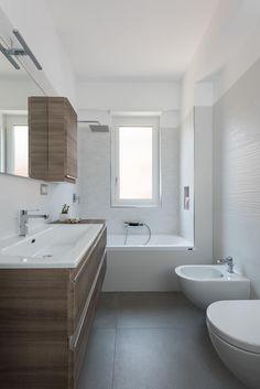 Home Renovation Planner kitchen remodel planner Small Bathroom Renovations, Small Bathroom, Modern Bathroom, Amazing Bathrooms, Modern Living Room Interior, Bathrooms Remodel, Kitchen Remodel Planner, House, Small Bathtub