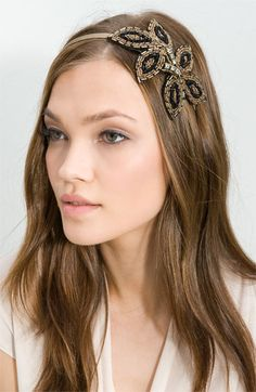 Spell out your 'it' girl ambitions with these party headband ideas Your beautiful outfits will scream for these chic accessories provided by the most beloved fashion brands. Casual Hairstyles, Headband Hairstyles, Diy Hairstyles, Diy Hair Accessories, Bridal Accessories, Hair Jewels, Cute Headbands, Bandanas, Hair Pins