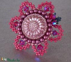 Virágom 2 - gyöngy hímzett gyűrű (Muttery) - Meska.hu #vicusdesign #muttery #akció #gyűrű #virágos #handmade