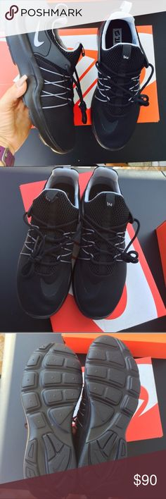 NIKE black classic flywire lacing shoes Sz 9 new NIKE black classic flywire lacing shoes Sz 9 new item #00500 Nike Shoes