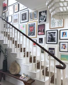"""35 Adorable Gallery Wall Design Ideas To Try Right Now - I just worship gallery walls. Gallery walls are an elegant way to decorate your walls and to add a unique character to your interior. There is no """"rig. Gallery Wall Staircase, Staircase Wall Decor, Picture Wall Staircase, Picture Frames On The Wall Stairs, Photos On Wall, Staircase Pictures, Pictures In Hallway, Staircase Frames, Stairwell Wall"""