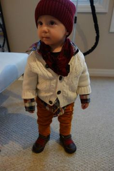 someone i know needs to have a baby! so cute!