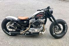 Harley Davidson sportster bobber 1991