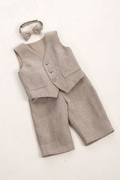 perfect for Barney :)  Kids boy natural linen suit kids boy clothes kids eco by Graccia, $95.00
