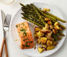 Salmon with Roasted Potatoes and Asparagus