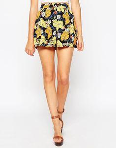 Image 4 ofASOS Woven Shorts in Summer Retro Floral