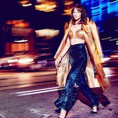 New story #readyforthenight @ellecanada @julianaschiavinatto @briteccles @sabrinarinaldimakeup @jenna.earle  #fashion #editirial #nightshoot #metalic #colour #model #makeup #style #elle #ellemagazine