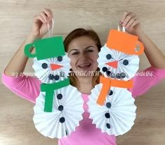 ДЕТСКИЕ ПОДЕЛКИ Snowman Christmas Decorations, Christmas Snowman, Christmas Ornaments, Diy And Crafts, Crafts For Kids, Arts And Crafts, Christmas Projects, Holiday Crafts, Preschool Art