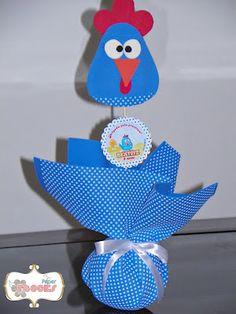 Paper Flocks: Centro de mesa Galinha Pintadinha