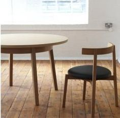 Okinami round table : Remodelista case Furniture Ltd