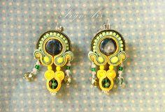 Orecchini Bombay in tecnica soutache verde-giallo. di IrynArs