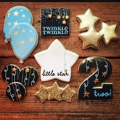 Twinkle twinkle little star, man I love how good you are These we're done to match a party invite but there is some serious gold happening in these and I kinda like it.