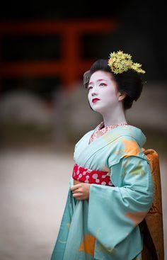 Kimono Party 2015: cute maiko Katsuna of Kamishichiken by ta_ta999 - blog