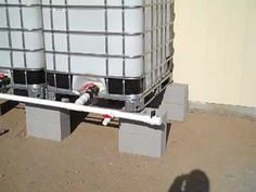 Rainwater harvesting using IBC Tote system - YouTube - good hint for cleaning roof