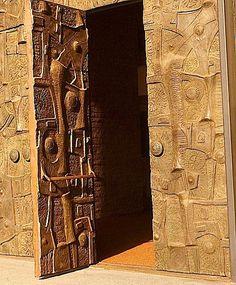 Bronze Doors Saroyan Theater / Fresno, CA