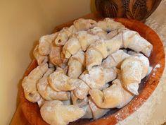 Gerdi süti: Omlós lekváros kifli Pastries, Nova, Menu, Cakes, Menu Board Design, Cake Makers, Tarts, Kuchen, Cake
