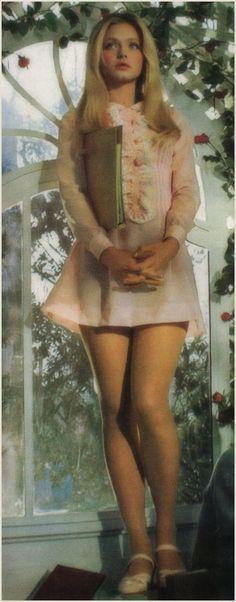 love this dress on Ewa Aulin