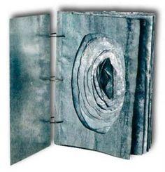 Go Ediciones: From the visual language to the Book-Object, by Antonio Gómez Concertina Book, Accordion Book, Paper Book, Paper Art, Cut Paper, Book Art, Collage Book, Artist's Book, Tunnel Book