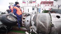 Recuperan nuevos fragmentos del avión siniestrado en el mar Negro